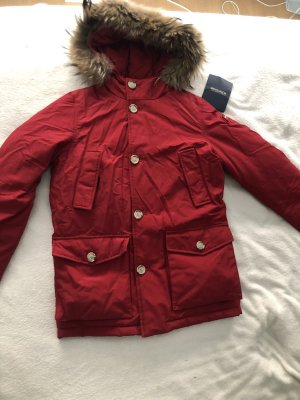 Roter Woolrich Parker