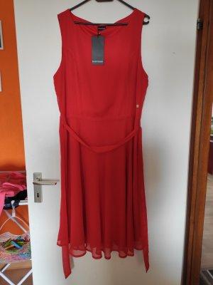 Rotes Abendkleid Bruno Banani