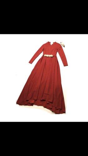 Rotes Abendkleid, tesettür Abiye