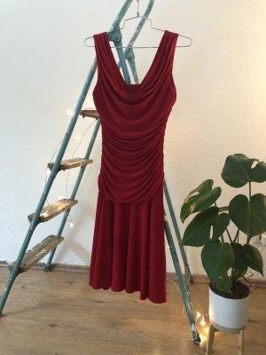 Rotes Abendkleid  von R&M Richards