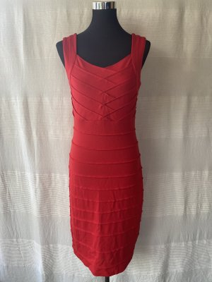 Rotes Betty Barclay Kleid