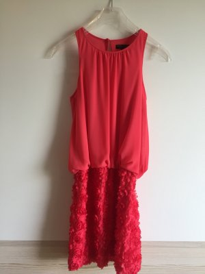 Rotes Cockstailkleid