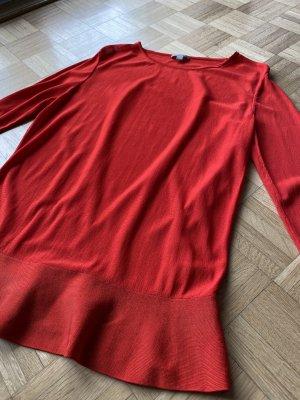 Rotes COS Shirt