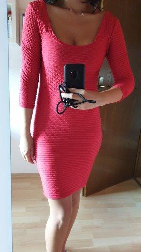 Rotes Kleid