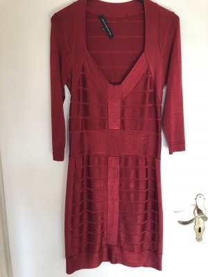 Rotes Kleid French Connection