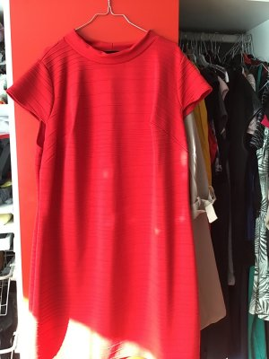 Rotes Kleid in 54