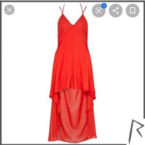 Rotes Kleid/Jumpsuit von River Island. Sehr sexy