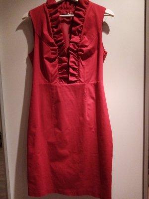 Rotes Kleid mit Rüschen von Jake's