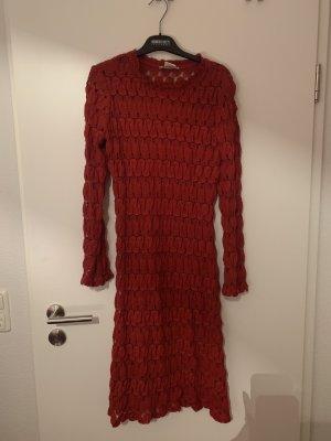 Rotes Kleid von Georges Rech