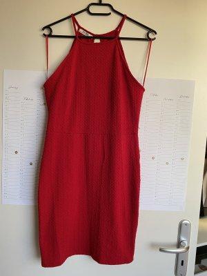 Rotes Minikleid von Bershka