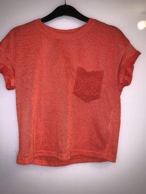 Rotes/Orangenes T-Shirt