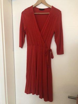 Dorothy Perkins Kopertowa sukienka czerwony