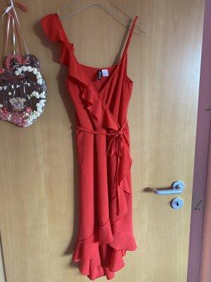 H&M Divided Vestido estilo flounce rojo