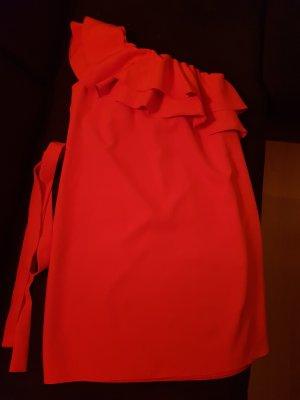 Robe asymétrique rouge