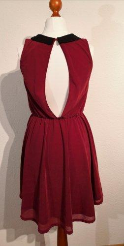 H&M Divided Robe découpée rouge carmin