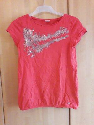 Rotes T-Shirt mit Pailletten
