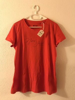 Rotes T-Shirt von Mustang