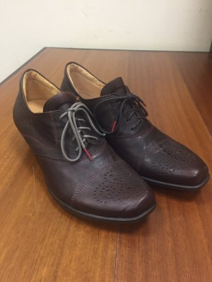 Think! Wingtip Shoes brown red-bordeaux leather