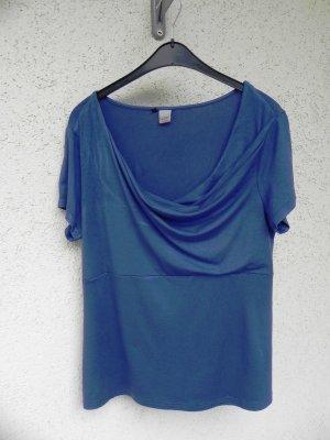 royalblaues T-Shirt mit Wasserfallausschnitt