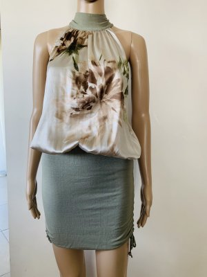 RRP 175USD, Designer brand Leidiro dress