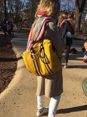 Rucksack Lederrucksack Handtasche Ledertasche 2 in 1 gelb
