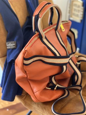 Rucksack Lederrucksack Leder neu Handtasche Ledertasche 2 in 1 orange