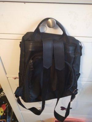 Rucksack mit Sicherheitsfach