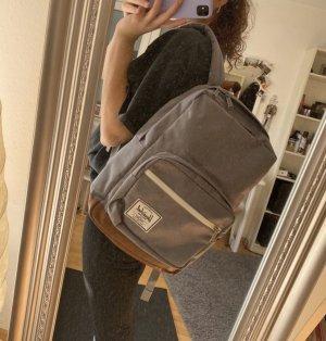 Rucksack von Herschel in grau und braun
