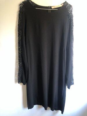 Rue de Femme Lace Dress black
