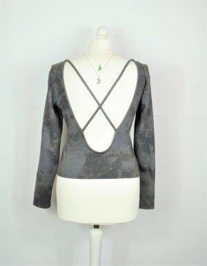 Rückenfreier Pullover mit Bändern