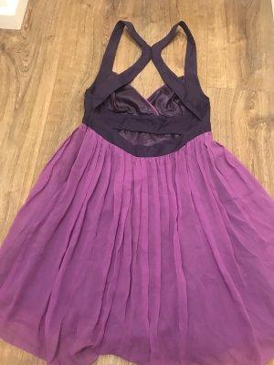 Rückenfreies Lipsy Kleid