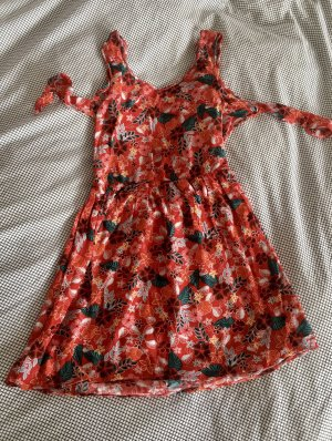 rückenfreies Sommerkleid MANGO
