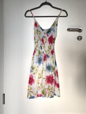 Rückenfreies Sommerkleid mit Floralprint aus Baumwolle