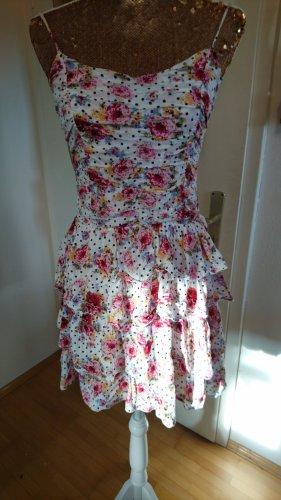 Rüschen Kleid mit Punkten und Rosen