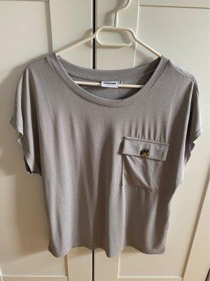 Rundhals Shirt mit Tasche