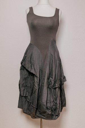 Rundholz Designer Kleid Rüsche Falten graubraun Gr. XS 34 36 S