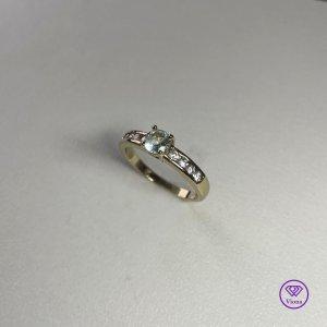 ♈️ Rundschliff blauer Ring vergoldet mit 18K