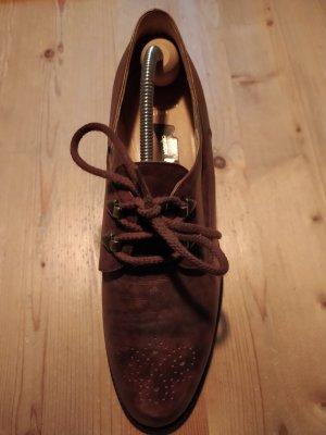 Rustikaler aber schlanker Schuh zum Durchtragen