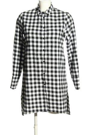 Rut & Circle Shirtwaist dress black-white check pattern casual look