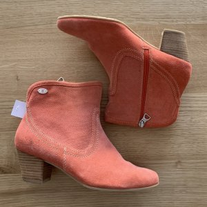 s.Oliver Ankle Boots salmon-apricot leather