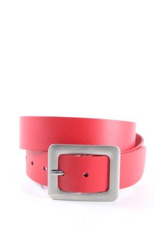 s.Oliver Cinturón de cuero rojo look casual