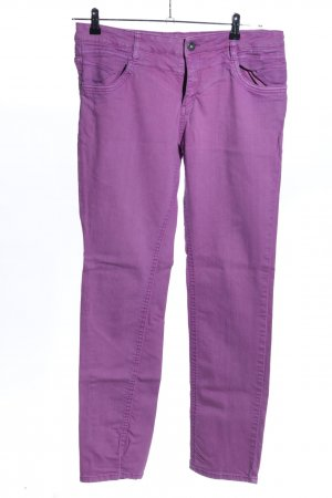 s.Oliver Röhrenjeans lila Casual-Look