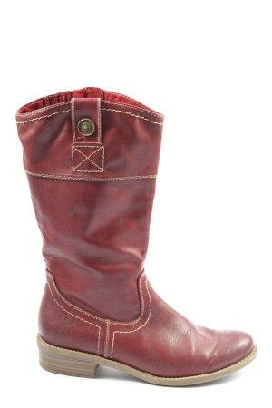 s.Oliver Botas estilo militar rojo look casual