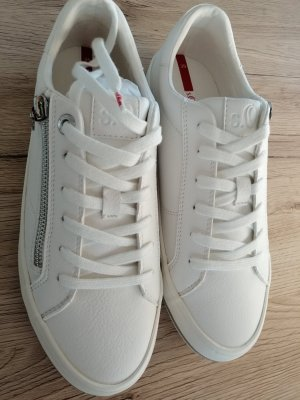 s.Oliver Lace-Up Sneaker white leather