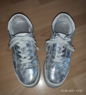 s.Oliver Lace-Up Sneaker white-silver-colored