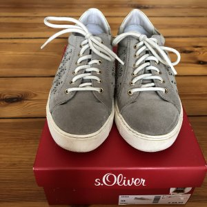 s.Oliver Lace-Up Sneaker grey leather