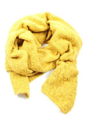 s.Oliver Bufanda de punto amarillo pálido look casual