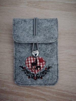 S.Oliver Trachtentasche und passende Handyhülle