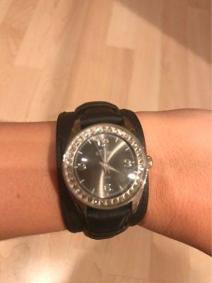 s.Oliver Montre avec bracelet en cuir noir-argenté