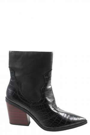 s.Oliver Western Boots black animal pattern casual look